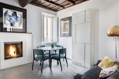 Monti Apartment in Medieval Building