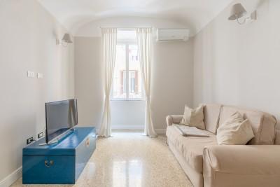 Elegant Apartment in Monti